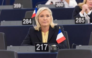Marine-Le-Pen_pics_390.jpg